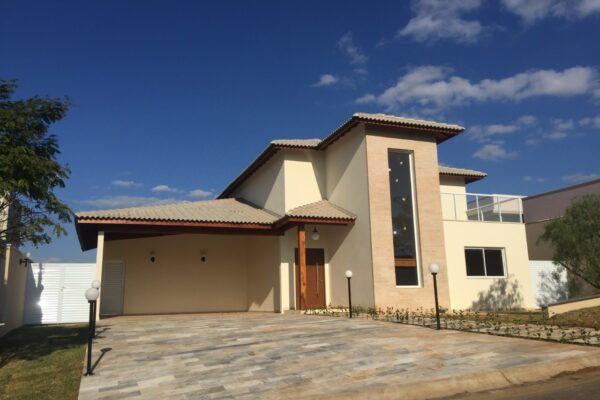Casa Moderna e Sofisticada